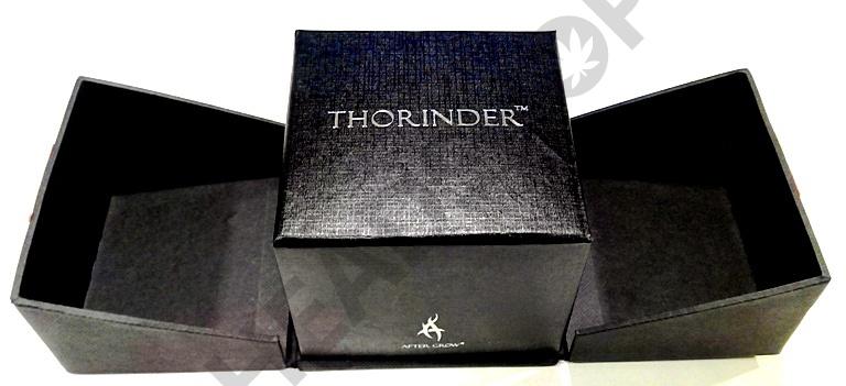 Estuche abierto Thorinder